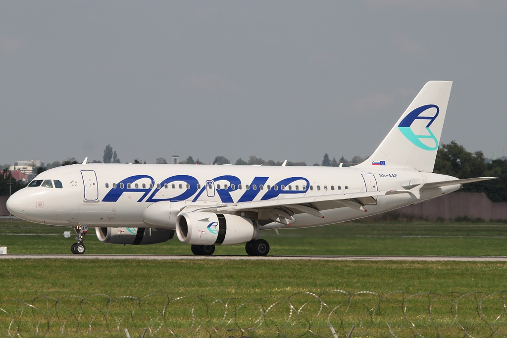 Adria Airways Airbus A319-132 S5-AAP