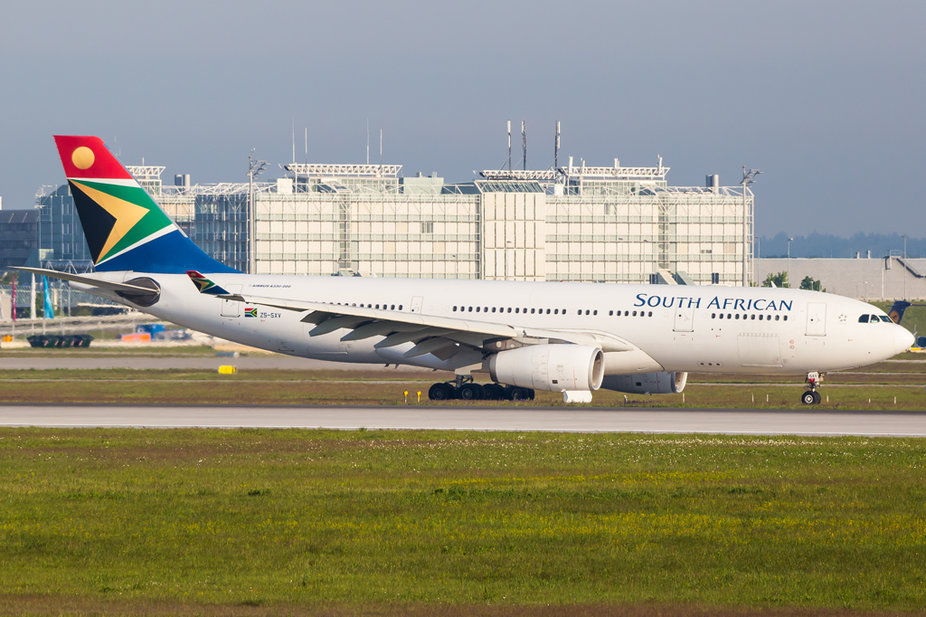 South African Airways / ZS-SXV / Airbus A330-243