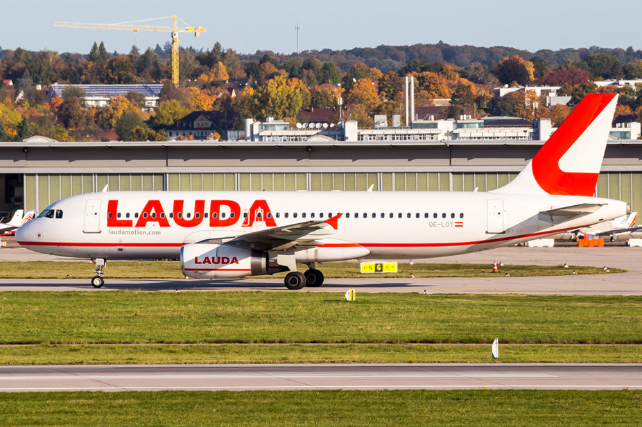 LaudaMotion / OE-LOY / Airbus A320-232