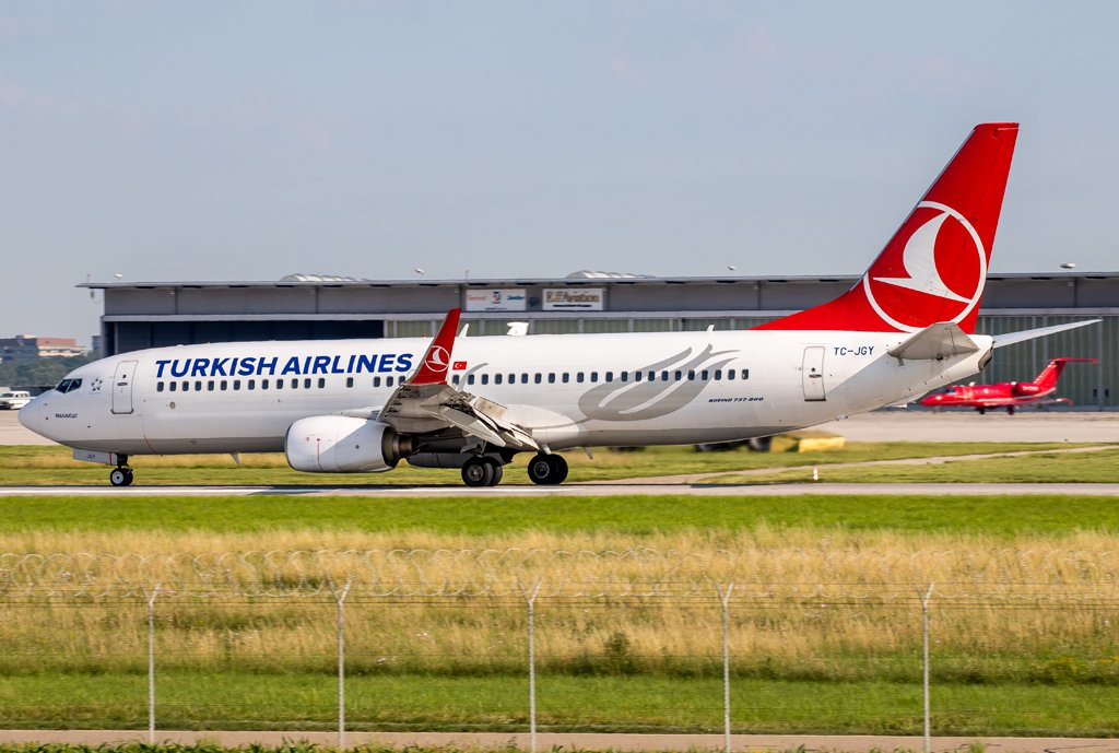 Turkish Airlines / TC-JGY / Boeing 737-8F2