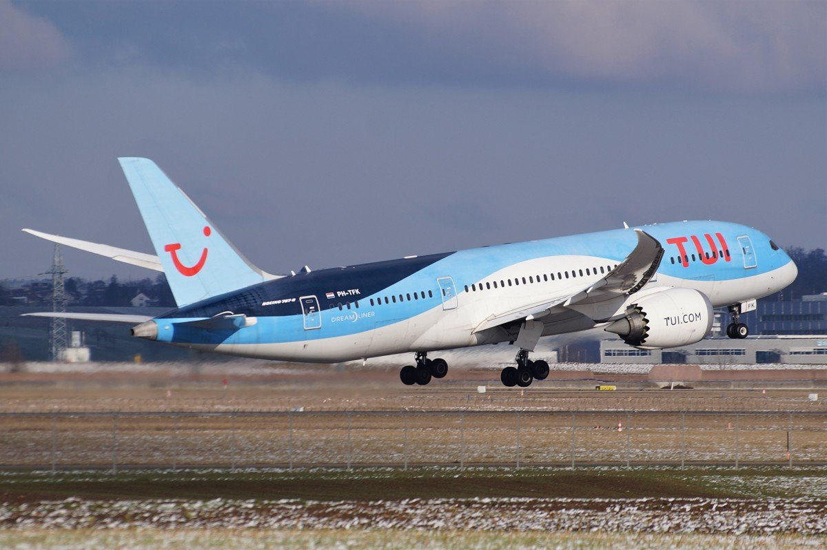 PH-TFK     787-8     TUI Airlines Netherlands