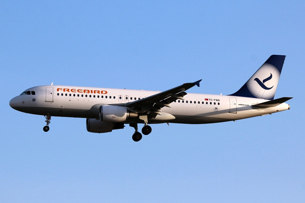 TC-FBO  Airbus A320-214  Freebird Airlines.JPG